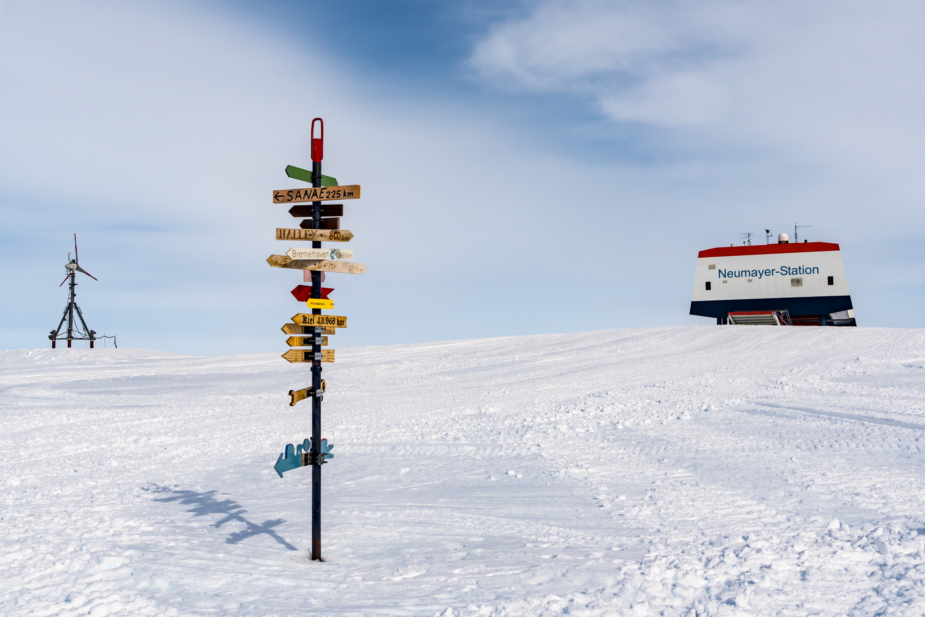 PS111: Antarktis - Neumayer Station